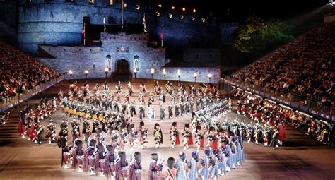 Hotel Suites and Rooms near Royal Military Tattoo   Fraser
