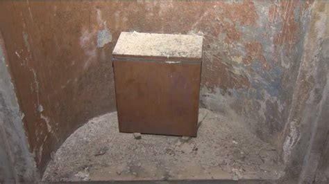 Time capsule discovered at Washington Monument