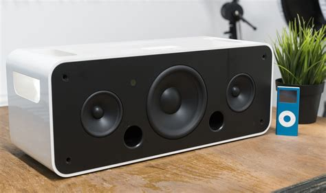 Apple's Previous Home Stereo Attempt: the iPod Hi-Fi